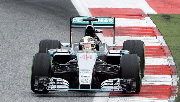 Hamilton schnappt sich Pole-Position in Spielberg (Bild: APA/EPA/HANS KLAUS TECHT)