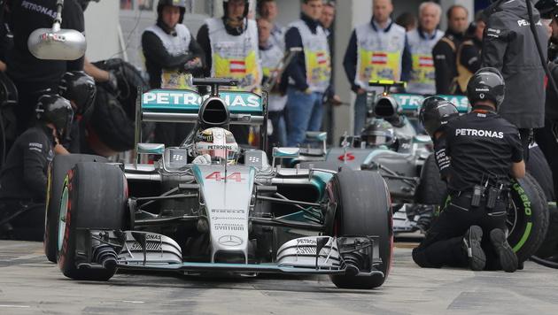 Reifen-Krieg vor Formel-1-Showdown in Österreich (Bild: APA/EPA/VALDRIN XHEMAJ)