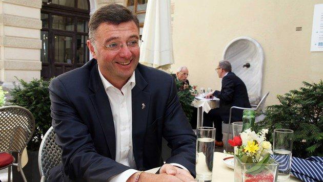 """Jörg Leichtfried im Gespräch mit der """"Krone"""" (Bild: Jürgen Radspieler)"""