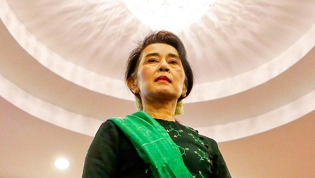 Suu Kyi bestimmt nun die Geschicke Myanmars. (Bild: APA/EPA/Lynn Bo Bo)