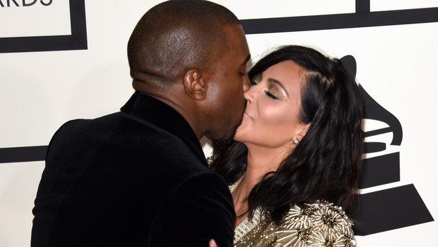 Frauen haben allerdings eine Körperstelle, die fast ebenso beliebt ist. Im Bild: Kanye und Kim West (Bild: www.viennareport.at)