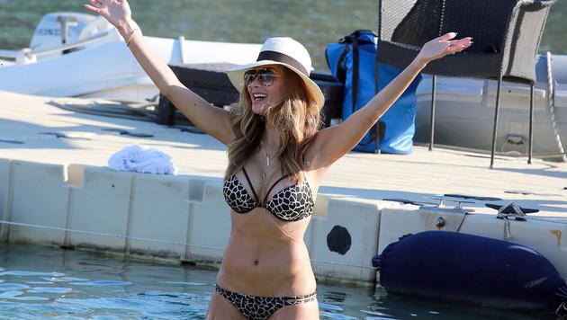 Ausgelassen und im Bikini feiert Nicole Scherzinger in Mykonos ihren Geburtstag. (Bild: Viennareport)