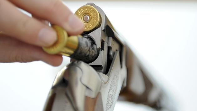 Franzose schoss sich für perfekten Mord in Rücken (Bild: APA/Herbert Neubauer)