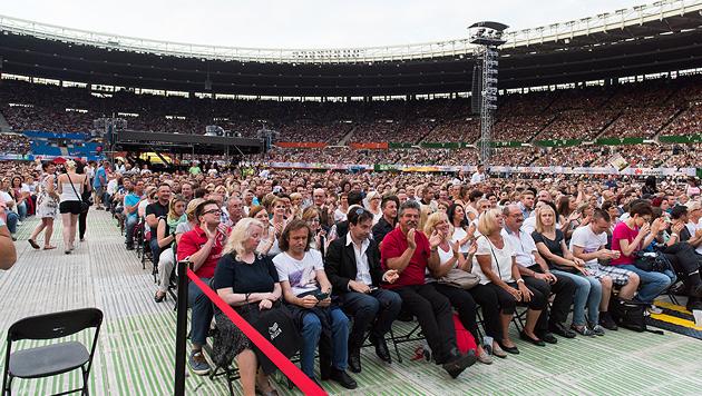 Sexy Helene verzauberte das Ernst-Happel-Stadion (Bild: Andreas Graf)