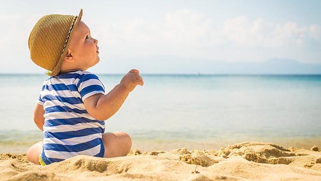 Tipps für den Strandurlaub mit Ihrem Baby (Bild: thinkstockphotos.de)