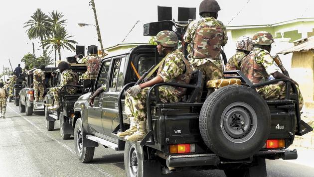 Nigerianische Soldaten im Einsatz gegen Boko Haram (Bild: APA/EPA/STR)