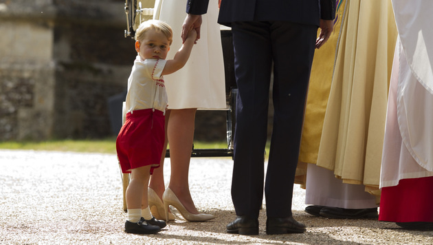 Der große Bruder: Prinz George (Bild: AP)