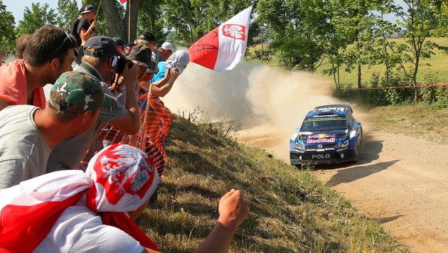 Sebastian Ogier triumphiert bei Polen-Rallye (Bild: APA/EPA/TOMASZ WASZCZUK)