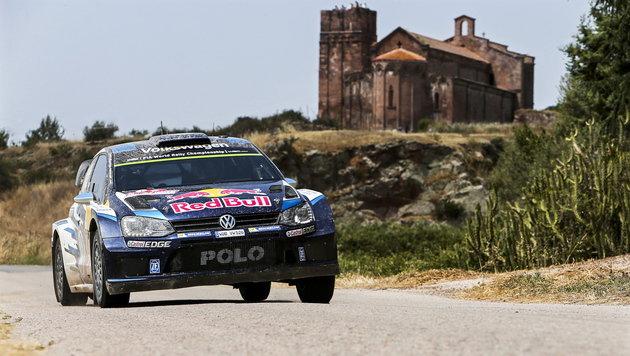 Sebastian Ogier triumphiert bei Polen-Rallye (Bild: APA/EPA/NIKOS MITSOURAS)
