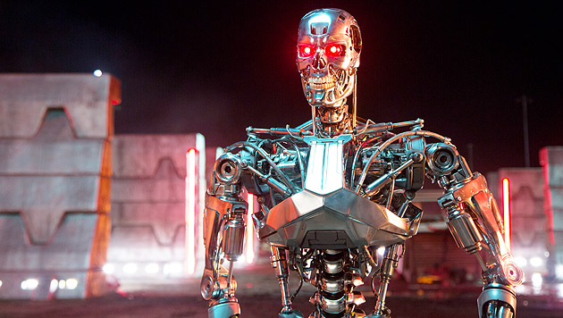 """""""Baywatch"""" zwingt den """"Terminator"""" in die Knie (Bild: Paramount Pictures)"""