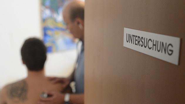 """""""Spitzelnde"""" Testpatienten sollen Betrug aufdecken (Bild: APA/HELMUT FOHRINGER)"""
