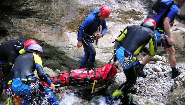 Steirer (41) bei Canyoning-Unfall schwer verletzt (Bild: APA/BERNHARD SCHMID/BRD BAD ISCHL (Symbolbild))
