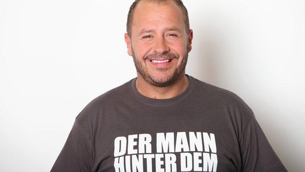 Willi Herren ist einer von 27 Ex-Dschungelcampern, die im Sommercamp um die Rückkehr kämpfen. (Bild: RTL/Frank W. Hempel)