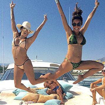 Eva Longoria hat mit ihren Freunden sichtlich viel Spaß in Marbella. (Bild: Viennareport)