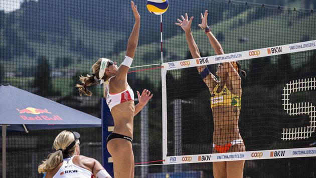 Schwaiger/Hansel im Duell mit Lima/Fernanda (Bild: 2015 FIVB)