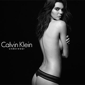 Kendall Jenner lässt für Calvin Klein (fast) alle Hüllen fallen. (Bild: instagram.com/kendalljenner)