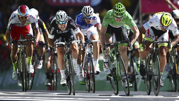 Cavendish holt sich die 7. TdF-Etappe im Sprint (Bild: AP)