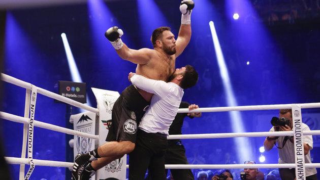 K.o. in Runde 1! Chagaev bleibt Box-Weltmeister (Bild: AP)