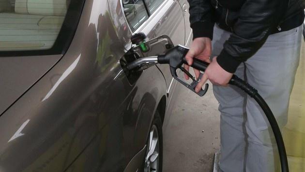 Couragierter Helfer von Benzin-Schnorrer beraubt (Bild: Jürgen Radspieler)