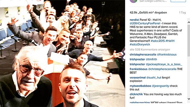 Auf diesem Selfie sind wohl die meisten Superhelden vereint. (Bild: instagram.com/nerdist)
