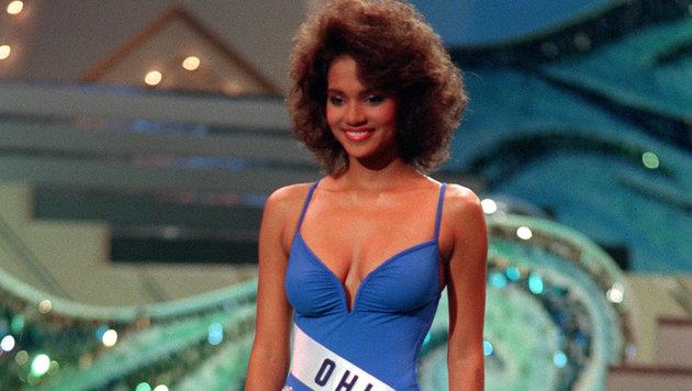 Im blauen Badeanzug präsentierte diese spätere Oscar-Preisträgerin ... (Bild: AP/picturedesk.com)