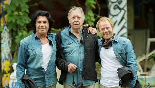 """Costa Cordalis, Werner Böhm und Dustin Semmelrogge bestreiten die erste Sendung. (Bild: Motto """"Streng geheim"""" mit Costa)"""