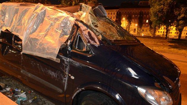 Fünf Menschen wurden bei dem Unfall verletzt. (Bild: LPD Wien)
