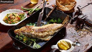 K�stliche Fischgerichte auf K�rntens Seeterrassen (Bild: Puch Johannes/ K�rnten Werbung)