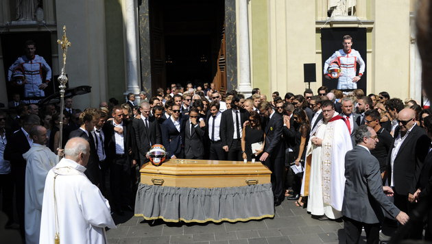"""""""Gott behüte dich, Jules"""" - Abschied von Bianchi (Bild: APA/EPA/OLIVIER ANRIGO)"""
