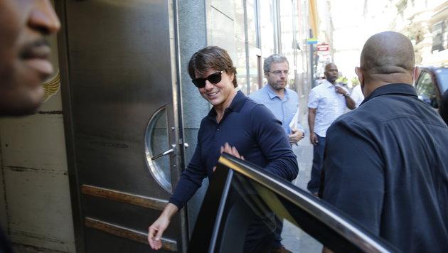 Tom Cruise auf dem Weg zum Mittagessen (Bild: Reinhard Holl)