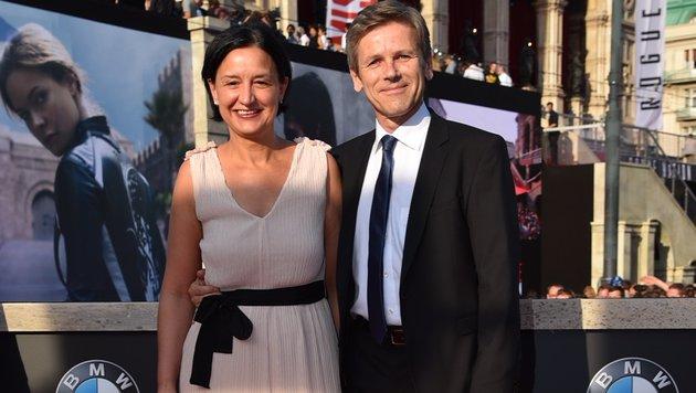 Bundesminister Josef Ostermayer mit Ehefrau Manuela (Bild: Andreas Tischler)