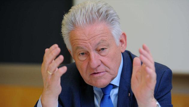 LH Josef Pühringer verspricht, dass der Landessubventionsbericht bald transparenter wird (Bild: Markus Wenzel)