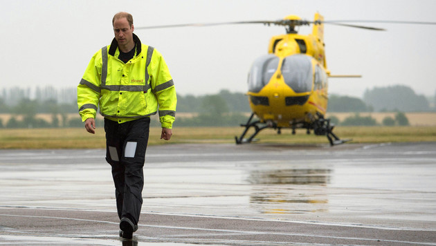 App verfolgt Prinz Williams Rettungshelikopter (Bild: AP)
