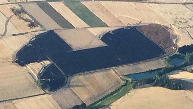 Eine Luftaufnahme aus Speisendorf zeigt das Ausmaß des Schadens. (Bild: APA/BFK WAIDHOFEN/THAYA/CHRISTOPH FRAISL)
