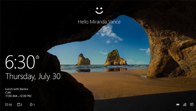 Windows 10 kann per Kennwort, aber auch mit biometrischen Mitteln entsperrt werden. (Bild: Microsoft)