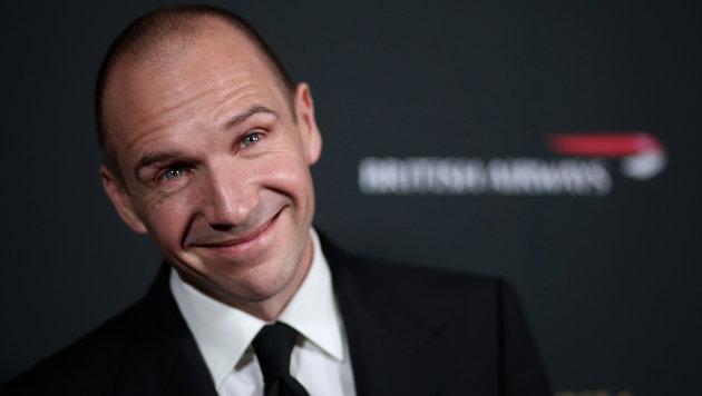 Ralph Fiennes hatte Sex mit einer Stewardess in der Toilettenkabine. (Bild: Matt Sayles/Invision/AP)