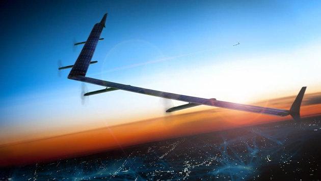 Facebook enthüllt gigantische Solar-Drohne Aquila (Bild: facebook.com/zuck)