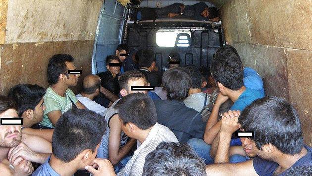 "Kampf gegen Menschenhandel: ""Standards erfüllt"" (Bild: APA/LPD N…/LPD N…Ö (Symbolbild))"