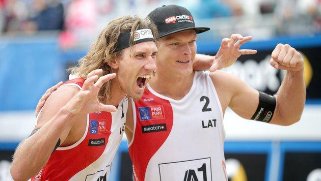 Beachvolleyball-EM: Gold an lettisches Duo (Bild: APA/EPA/GEORG HOCHMUTH)
