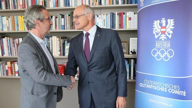 ÖOC-Präsident Karl Stoss im Gespräch mit Robert Sommer (Bild: KRISTIAN BISSUTI)