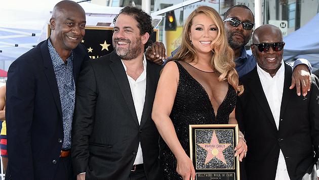 "Auch Mariah Carey thront jetzt am ""Walk of Fame"" (Bild: APA/EPA/AP)"