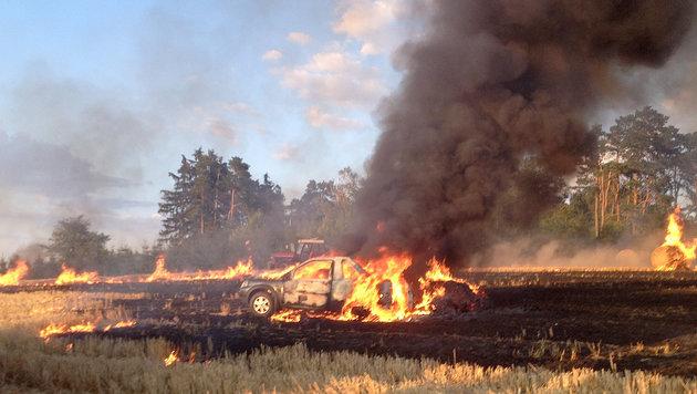 Flurbrände hielten Feuerwehren auf Trab (Bild: APA/MANFRED DAMBERGER)