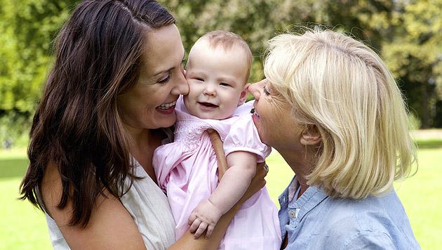 Fremdeln – so gewöhnt sich Ihr Kind an Dritte (Bild: thinkstockphotos.de)