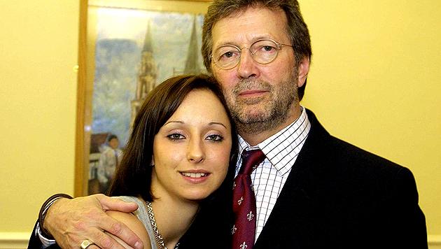 Eric Clapton mit Tochter Ruth im Jahr 2003 (Bild: AP)