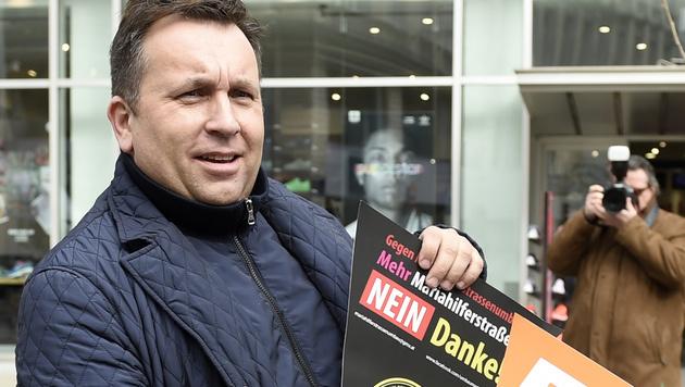 BZÖ-Wien-Chef Dietmar Schwingenschrot (Bild: APA/HELMUT FOHRINGER)