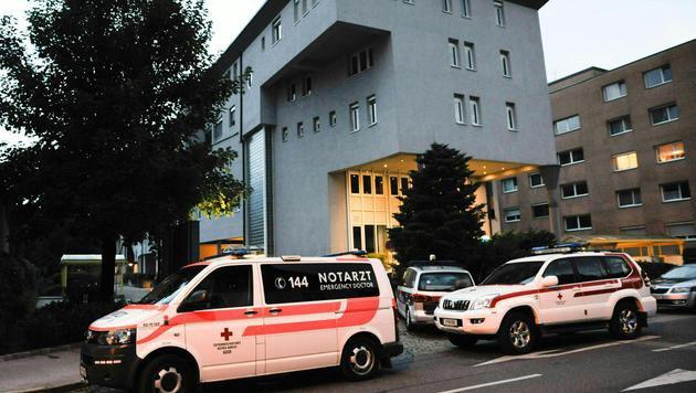 Freundin getötet: 34-Jähriger stach 25-mal zu (Bild: APA/ZEITUNGSFOTO.AT)