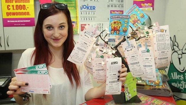 Millionenchancen im  Lotto: Was hilftâ019s, wenn der Schein verblasst? (Bild: Peter Tomschi)