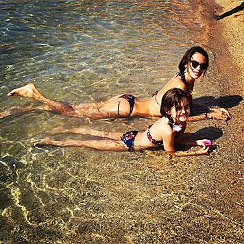 Alessandra Ambrosio mit Tochter Anja (Bild: instagram.com/alessandraambrosio)