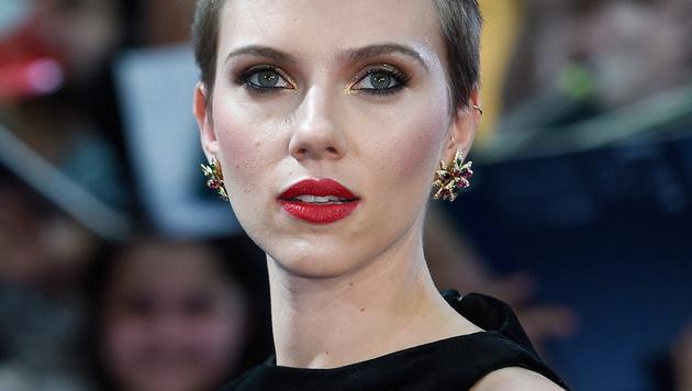 Scarlett Johansson wird als eine der schönsten Schauspielerinnen gefeiert. (Bild: APA/EPA/FACUNDO ARRIZABALAGA)