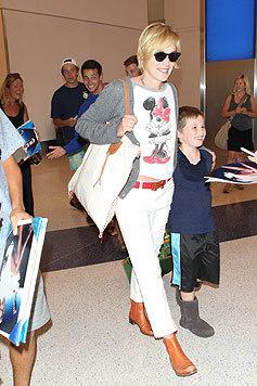 Sharon Stone unterwegs in Los Angeles - hier mit ihren Söhnen (Bild: Viennareport)